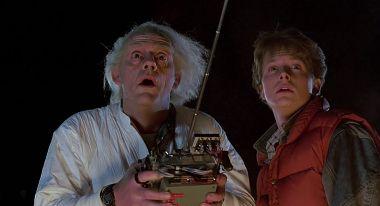 Powrót do przyszłości - skąd doktor Brown miał pieniądze na eksperymenty?
