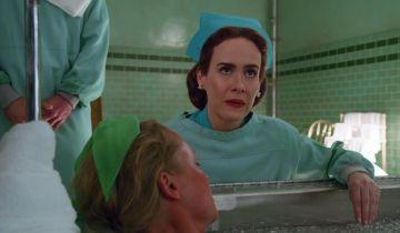 Ratched - zdjęcia i data premiery nowego serialu Netflixa. Historia pielęgniarki z Lotu nad kukułczym gniazdem