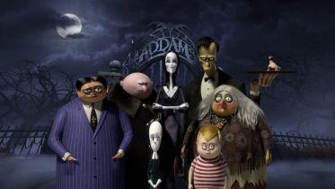 Program TV na weekend 14-16.08: Rodzina Addamsów, Bajecznie bogaci Azjaci i inne