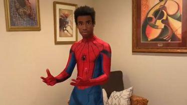 Julian Bass jako Spider-Man i nie tylko. Student podbija Hollywood niesamowitym wideo