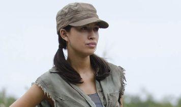 Selena: The Series - gwiazda The Walking Dead jako słynna piosenkarka na pierwszych zdjęciach z serialu Netflixa. Nowy teaser