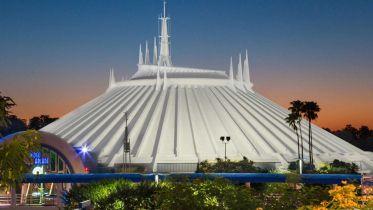 Space Mountain - atrakcja Disneylandu dostanie film kinowy. Wybrano scenarzystę