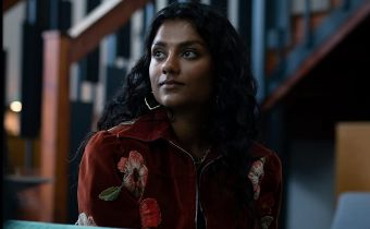 Bridgertonowie - Simone Ashley w głównej roli kobiecej 2. sezonu. Kogo zagra?
