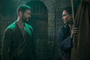 Jessica Green i Jake Stormoen o 3. sezonie Outpost. Co czeka głównych bohaterów? [WYWIAD]