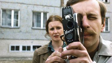 25. rocznica śmierci Krzysztofa Kieślowskiego. Przypominamy Amatora - film o filmowej pasji