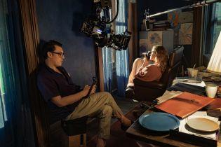Kobieta w oknie – zwiastun thrillera reżysera Czasu Mroku