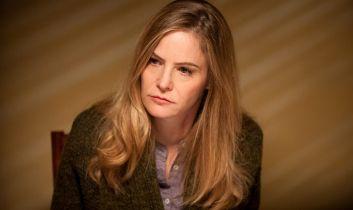 Hunters - Jennifer Jason Leigh w obsadzie 2. sezonu. Kogo zagra?