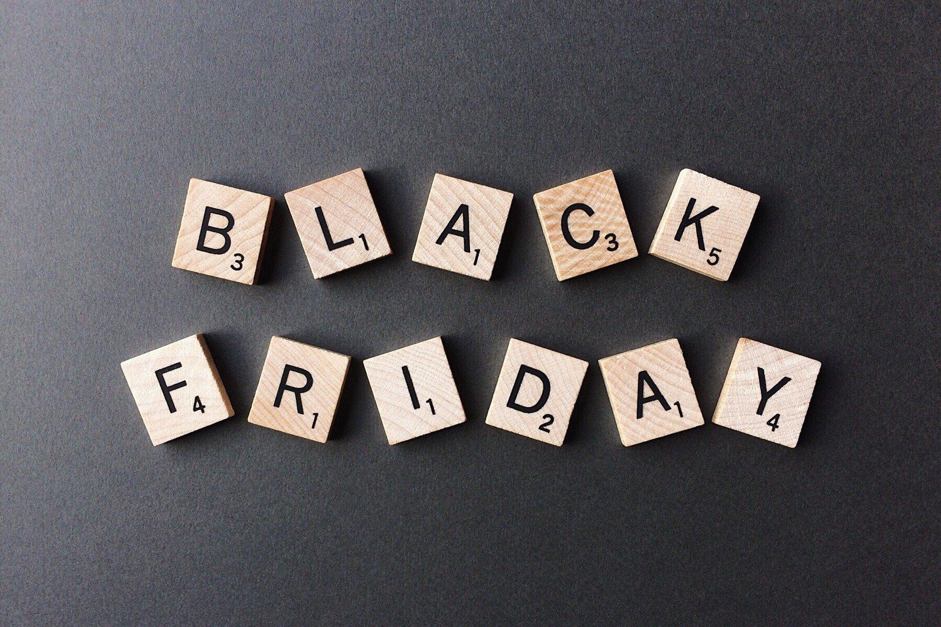 Black Friday, Cyber Monday, wyprzedaże – nie daj się zrobić w balona