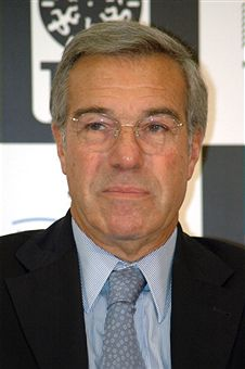 Robert Benmussa