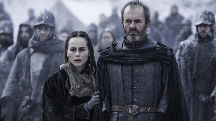 Stannis pali swoją córkę żywcem, a następnie sam ponosi śmierć