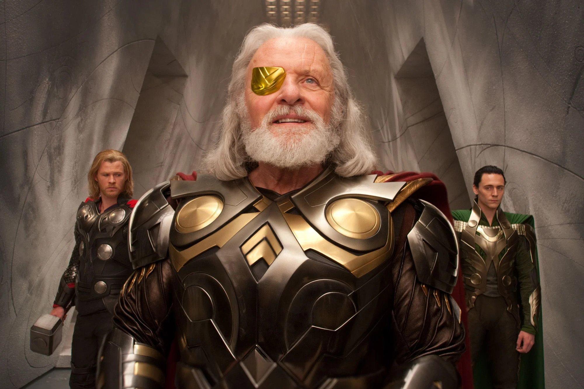 """50. Anthony Hopkins - Filmowy Odyn; zagrał w filmach """"Thor"""", """"Thor: Mroczny świat"""" i """"Thor: Ragnarok""""."""