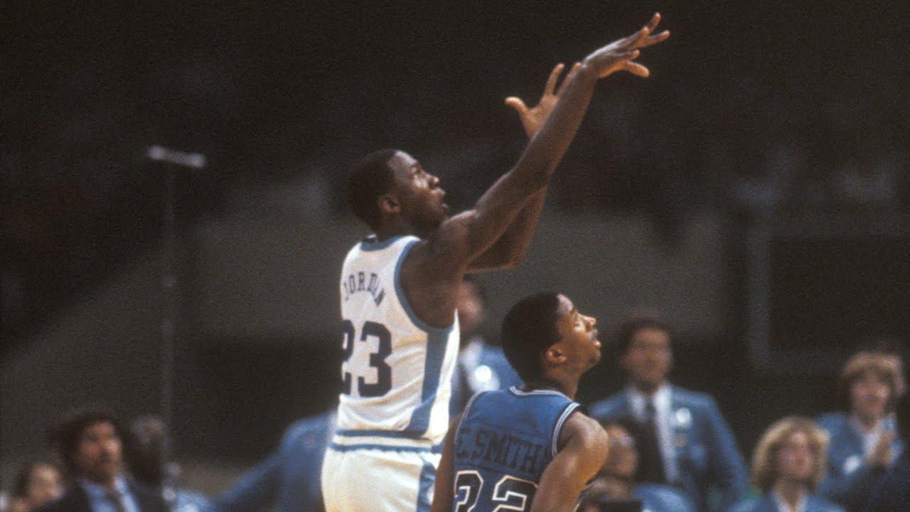 10. Zwycięski rzut w finale NCAA w 1982 roku (Uniwersytet Północnej Karoliny vs. Uniwersytet w Georgetown)